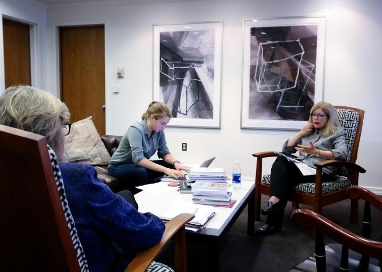 The Student sits down with Clayton Spencer and Sarah Pearson '75. MAX HUANG/THE BATES STUDENT