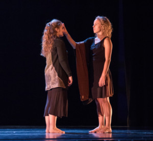 Johanna Hayes '19 and Allison Ricciardi '17 perform together in the Fall Dance Concert. DREW PERLMUTTER/THE BATES STUDENT