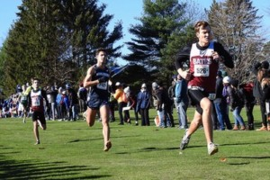 Steve Rowe '18 strides to finish 30th at NCAA Regionals, earning him All-New England honors. JAY BURNS/BATES COLLEGE